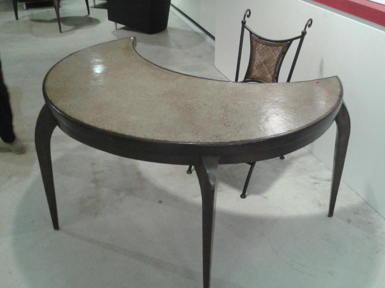meubles en m tal dessus r sin. Black Bedroom Furniture Sets. Home Design Ideas
